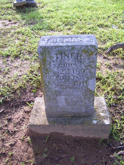 http://usgwarchives.net/ok/muskogee/cemeteries/tombstones/brusheymountcem/thomasjtiner.jpg