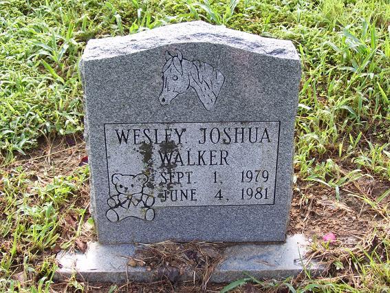 http://usgwarchives.net/ok/muskogee/cemeteries/tombstones/brusheymountcem/wesleyjoshuawalker.jpg