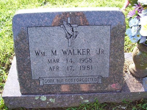 http://usgwarchives.net/ok/muskogee/cemeteries/tombstones/brusheymountcem/williammwalker.jpg