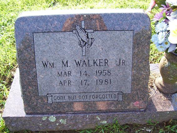 http://usgwarchives.net/ok/muskogee/cemeteries/tombstones/brusheymountcem/williammwalker.jpg