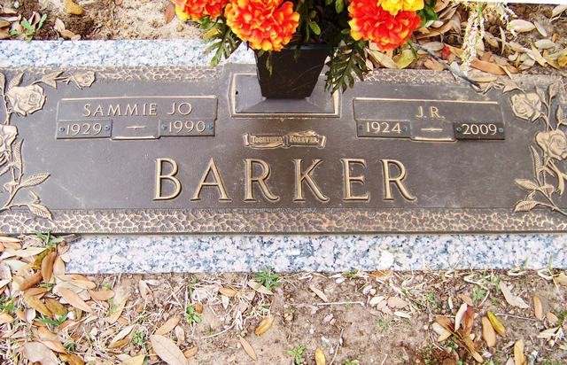 on marriage ernest barker William duckett white (1807-1893),  white gave the freehold property nindooinbah to his eldest son ernest on his marriage to annie barker in 1867.